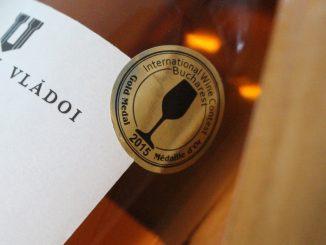 Un vin premiat de la Domeniul Vlădoi din Constanța. FOTO Adrian Boioglu